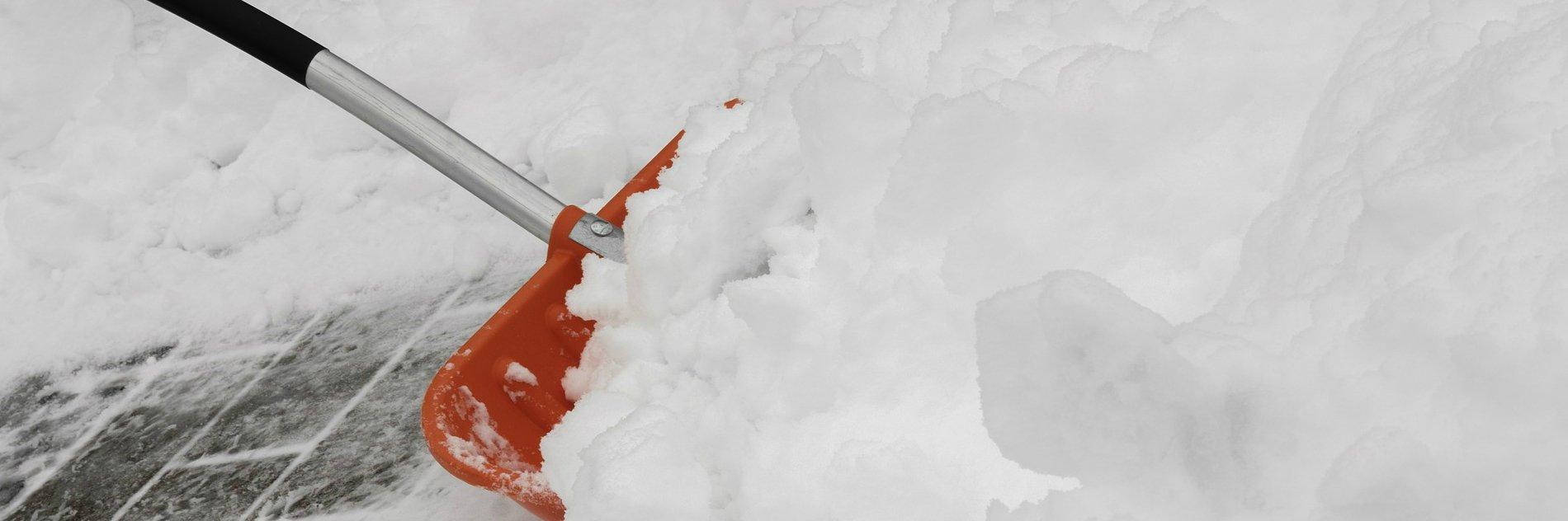 Schneeschieber_Transoplast_Winterdienst_2
